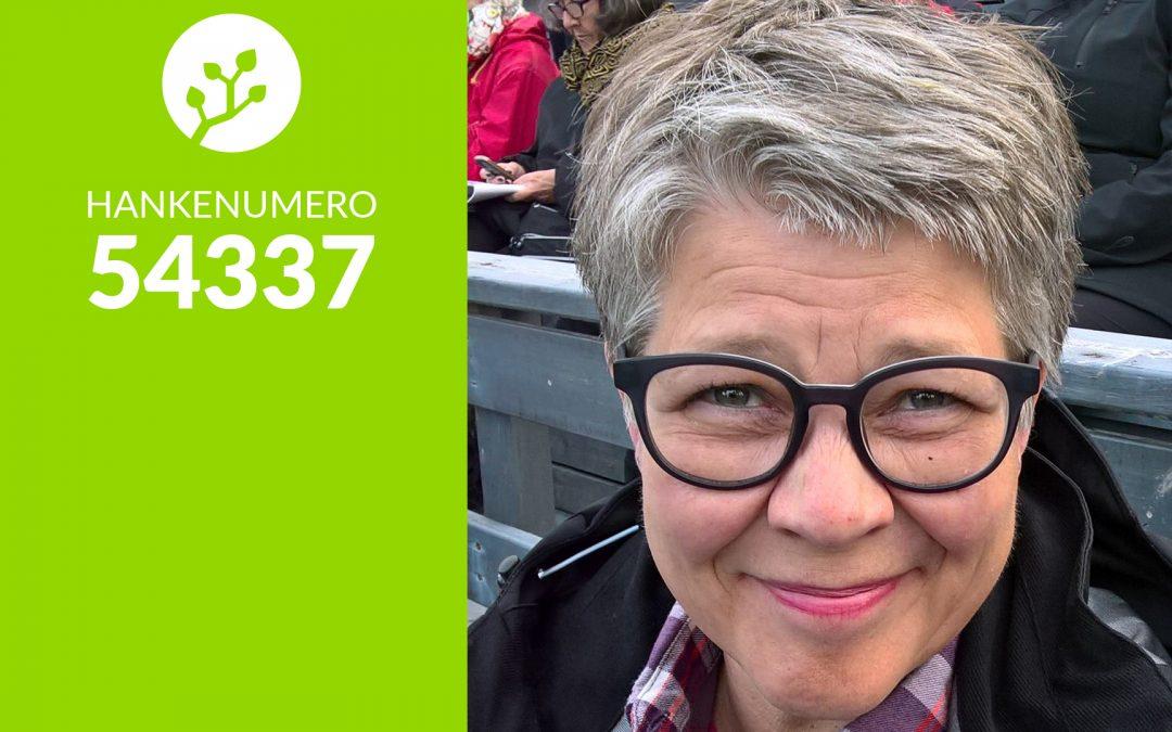 54337 – Liisa kehittää Pyhän kyläyhteisöä kokeillen